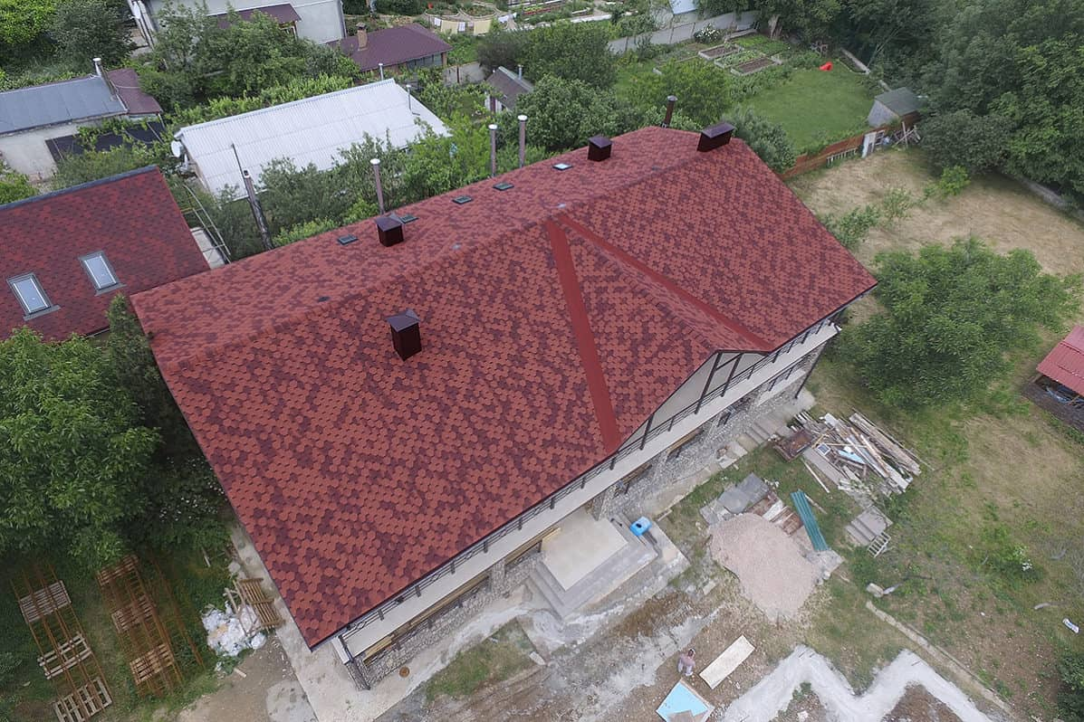 Выбор кровельного материала для крыши частного дома